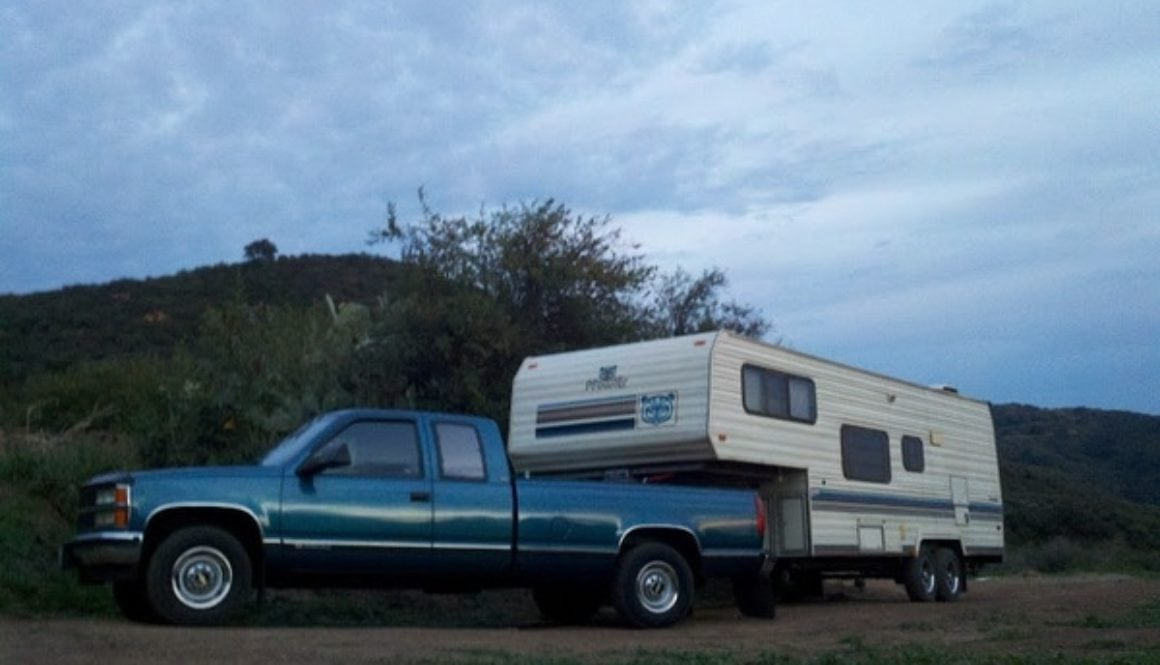 truck with fifth wheel